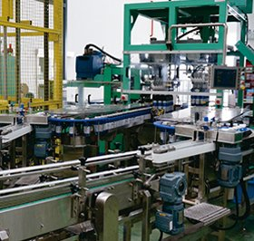 Conveyor, packing machine for special shape bottle